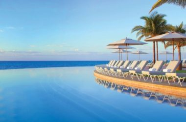 Grand Lucayan Resort infinity pool