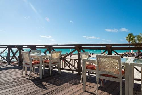 Memories Grand Bahama All Inclusive deck