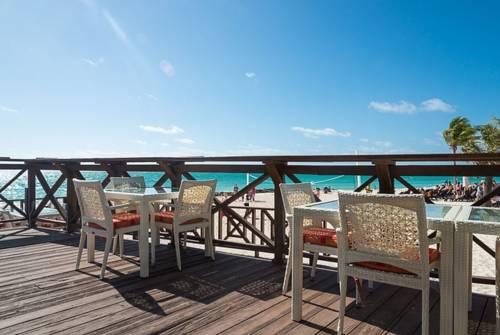Memories Grand Bahama All Inclusive deck