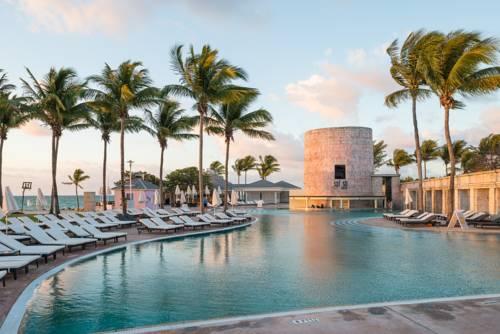 Memories Grand Bahama All Inclusive pool