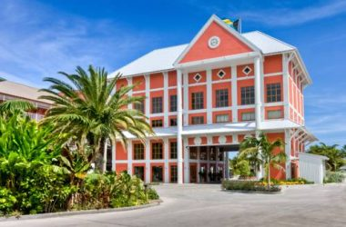Pelican Bay Resort